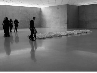 kunsthaus_bregenz_maurizio_cattelan_exhibition